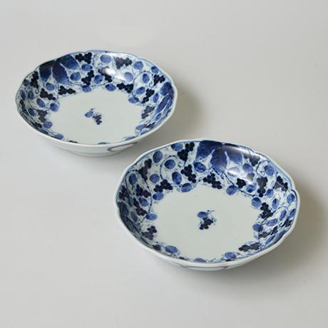 「No.17 葡萄唐草文輪花向付 / Dish with grape arabesque design, Sometsuke」の写真 その1