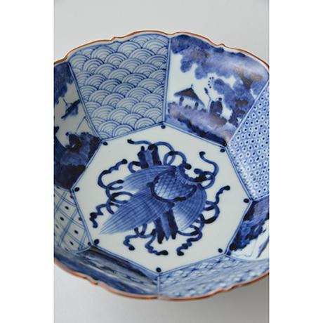 「No.2 祥瑞山水図輪花八角中鉢 / Bowl with landscape design, octagonal shape, Sometsuke」の写真 その3