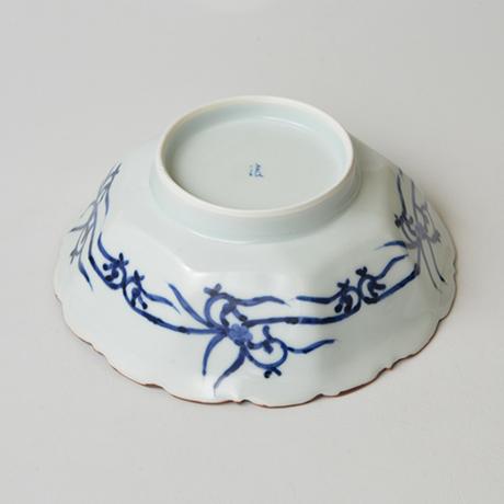 「No.2 祥瑞山水図輪花八角中鉢 / Bowl with landscape design, octagonal shape, Sometsuke」の写真 その4