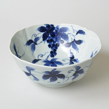 「No.21 葡萄文四方輪花深中鉢  / Dish with grape design, Sometsuke」の写真 その1