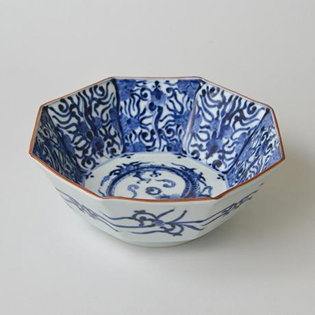 「No.26 龍文八角中鉢  / Octagonal bowl with dragon design, Sometsuke」の写真 その1