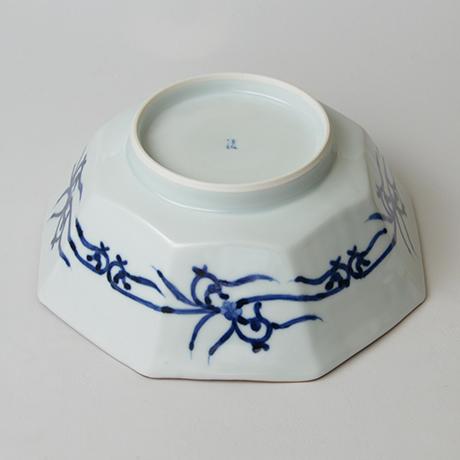 「No.26 龍文八角中鉢  / Octagonal bowl with dragon design, Sometsuke」の写真 その4