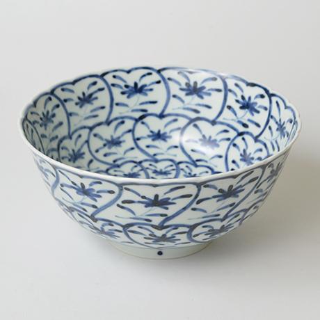 「No.36 草花捻文菊割深中鉢  / Bowl with flowers design, Sometsuke」の写真 その1