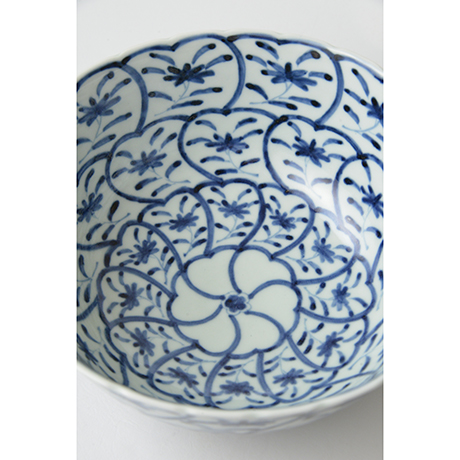 「No.36 草花捻文菊割深中鉢  / Bowl with flowers design, Sometsuke」の写真 その3