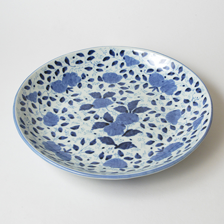 「No.41 草花散文タタラ丸大皿 / Plate with scattered flowers design, Sometsuke」の写真 その2