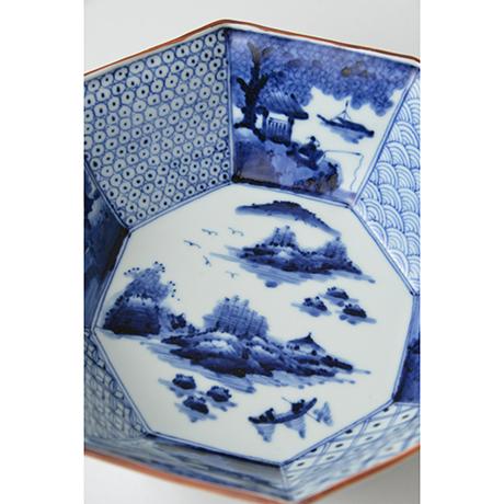 「No.43 祥瑞山水図八角中鉢 / Octagonal bowl with landscape design, Sometsuke」の写真 その3