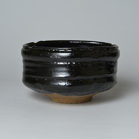 「No.5 織部黒茶盌 / Tea bowl, Oribe-kuro」の写真 その3