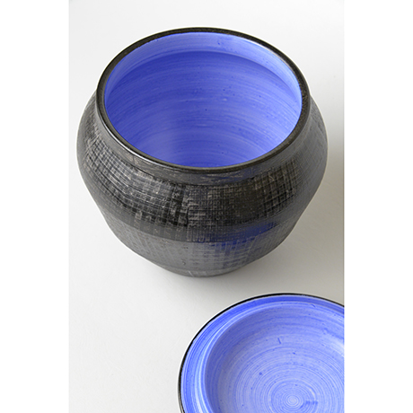 「No.21 色絵銀彩酒会壷 / Covered vessel, Overglaze enamels and silver」の写真 その4
