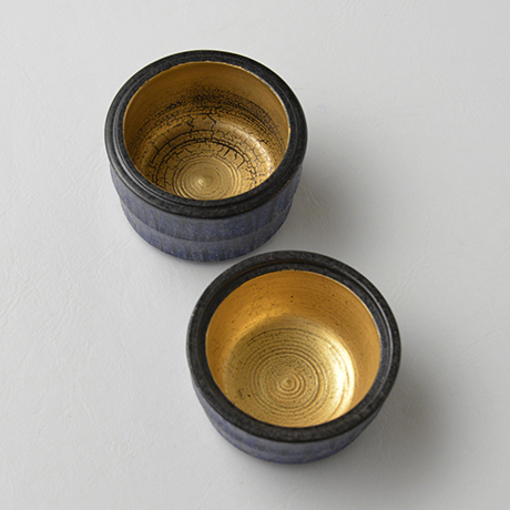 「No.41 色絵銀彩香合 / Incense container, Overglaze enamels and silver」の写真 その4