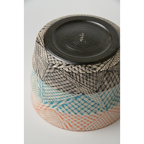 「No.47 色絵銀彩水指 / Water jar (Mizusashi), Overglaze enamels and silver」の写真 その5