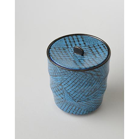 「No.5(図8) 色絵洋彩蓋物 / Covered vessel, Overglaze enamels」の写真 その5