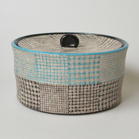 「No.51 色絵銀彩水指 / Water jar (Mizusashi), Overglaze enamels and silver」の写真 その1