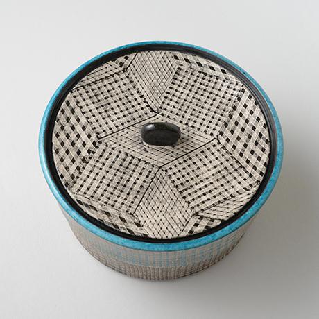 「No.51 色絵銀彩水指 / Water jar (Mizusashi), Overglaze enamels and silver」の写真 その3