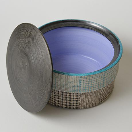 「No.51 色絵銀彩水指 / Water jar (Mizusashi), Overglaze enamels and silver」の写真 その4
